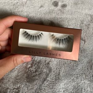 Lilly Lashes falsies